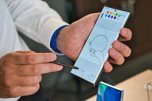 Dotykové pero S Pen je stále najväčšou výhodou série smartfónov Galaxy Note.