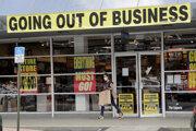 Masívny výpredaj v Coral Gables na Floride pred uzavretím obchodného centra.