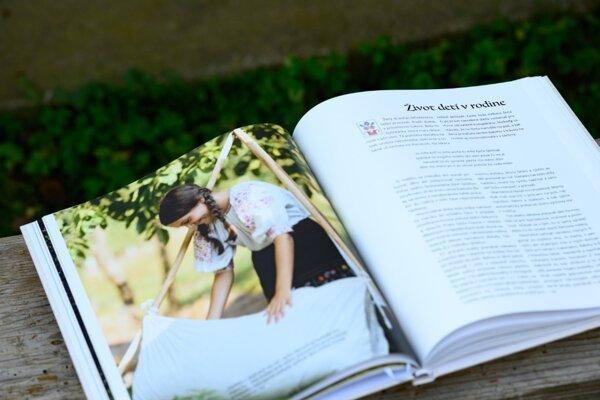 Zaujímavá kniha o živote v Marikovej v minulosti, Hore Maríkovú - Zabudnuté čaro našich predkov, získala ocenenie v celoslovenskej súťaži.
