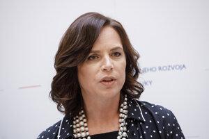 Veromnika Reišová, ministerka investícií, regionálneho rozvoja a informatizácie .