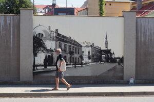 Nová maľba na múre na Okružnej ulici