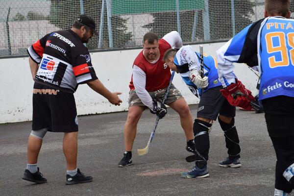 Hokejbalový turnaj už z 11. ročnou tradíciou.