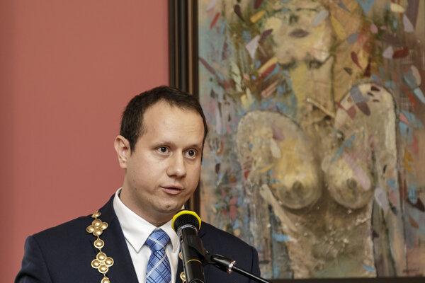 Dárius Krajčír, starosta bratislavskej mestskej časti Devínska Nová Ves.