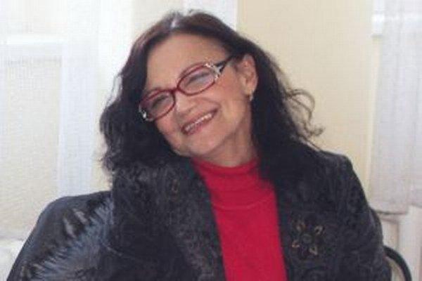 Lýdia Forrová zo ZSS Borinka nominovala do súťaže Každý dobrý sused svoju dlhoročnú známu - Soňu Šiškovú, riaditeľku Spojenej internátnej školy na Červeňovej ulici v Nitre.