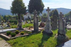 Cintorín v Nitrianskom Pravne.