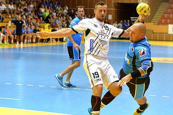 Zakončuje nový hráč Šale Tomáš Mažár.