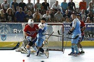 Nitrania sa môžu opäť tešiť na víkend plný kvalitného hokejbalu.