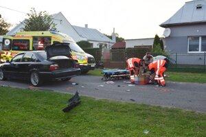 Mladík utrpel ťažké zranenia.