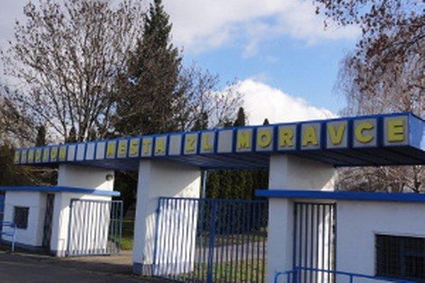 Mestský futbalový štadión.