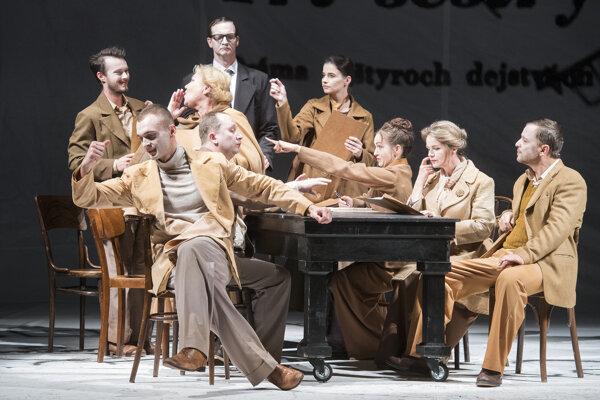 Hra Borodáč alebo Tri sestry je súčasťou osláv storočnice slovenského profesionálneho divadla.