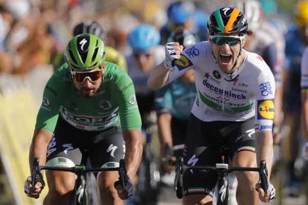 Peter Sagan (vľavo) a Sam Bennett počas Tour de France 2020.