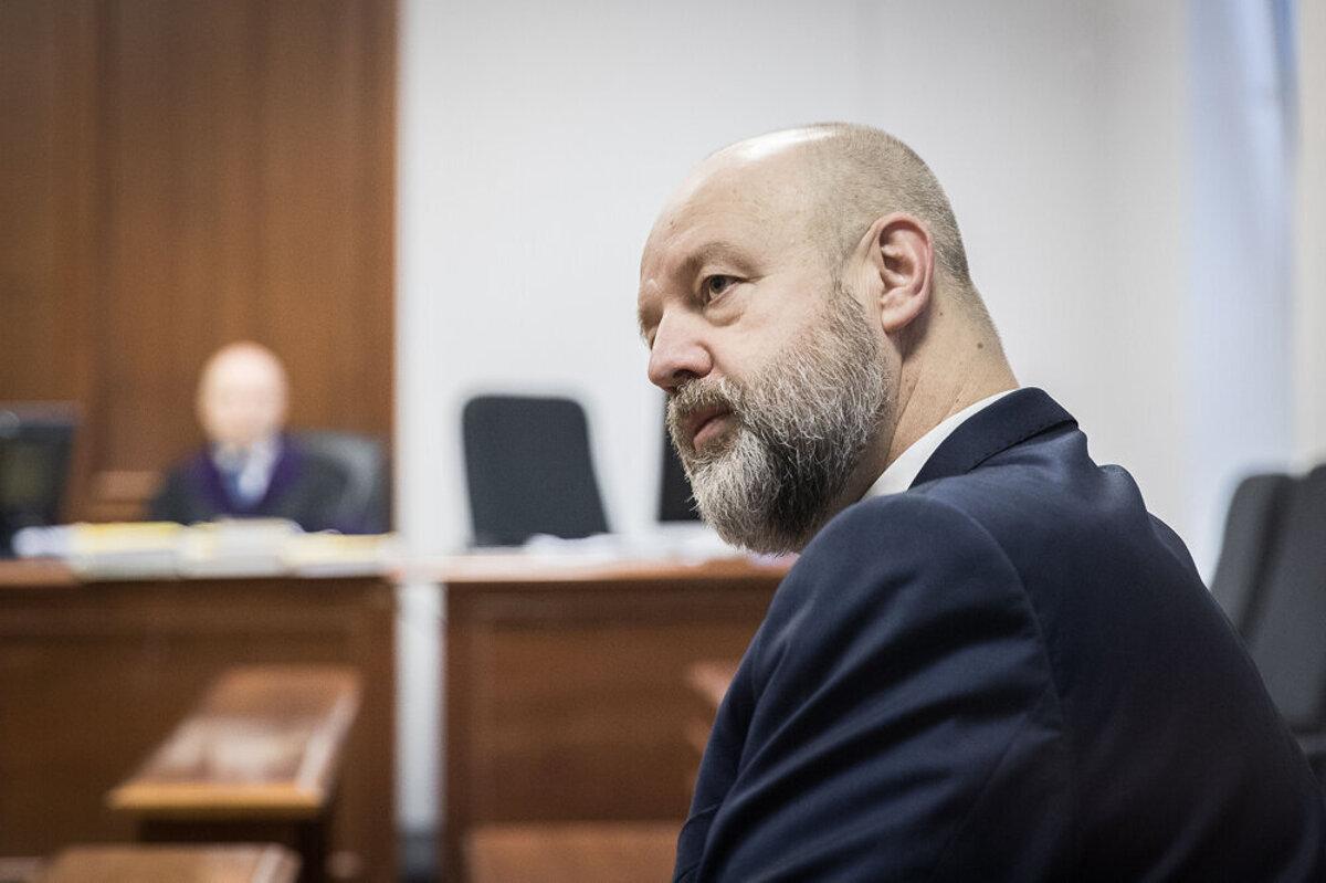 Pokračuje proces s Pavlom Ruskom v kauze prípravy vraždy Sylvie Volzovej - SME