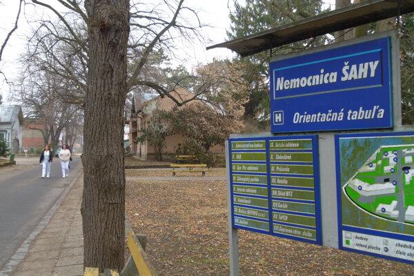 Zámer počíta s revitalizáciou parku v areáli šahanskej nemocnice.