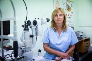MUDr. Dana Tomčíková, PhD, MHA je prednostkou Kliniky detskej oftalmológie LF UK a NÚDCH.