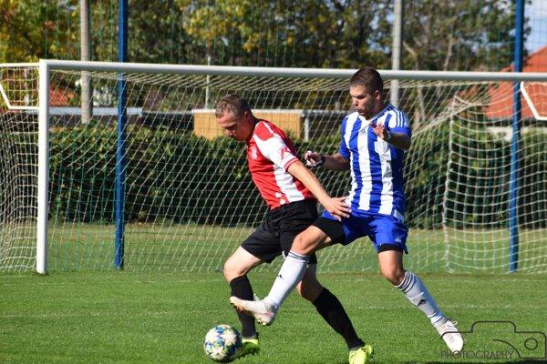 Zo zápasu Nesvady - Štúrovo 0:7.