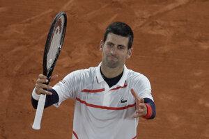 Novak Djokovič po výhre vo štvrťfinále na Roland Garros 2020.