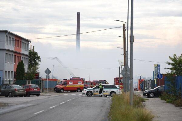 Trstínska bola pre požiar takmer celú nedeľu uzavretá.