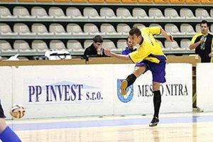 Na kvalifikácii bojovalo šestnásť tímov o štyri postupové miestenky.
