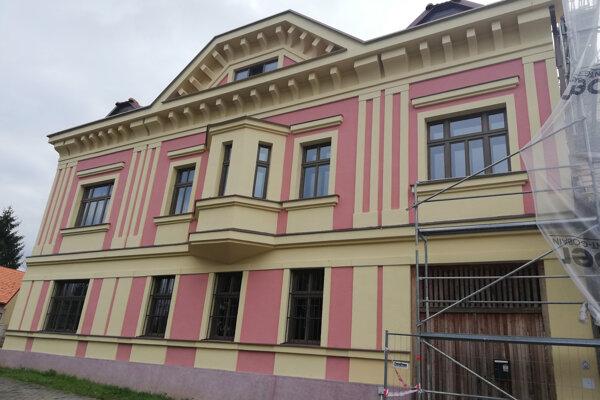 Vagačov dom v Detve prechádza obnovou.