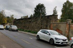 Mestský múr na Baštovej ulici.