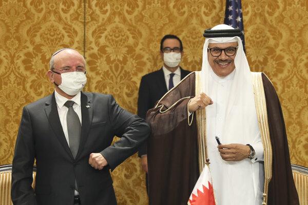 Izrael a Bahrain nadviazali diplomatické vzťahy.