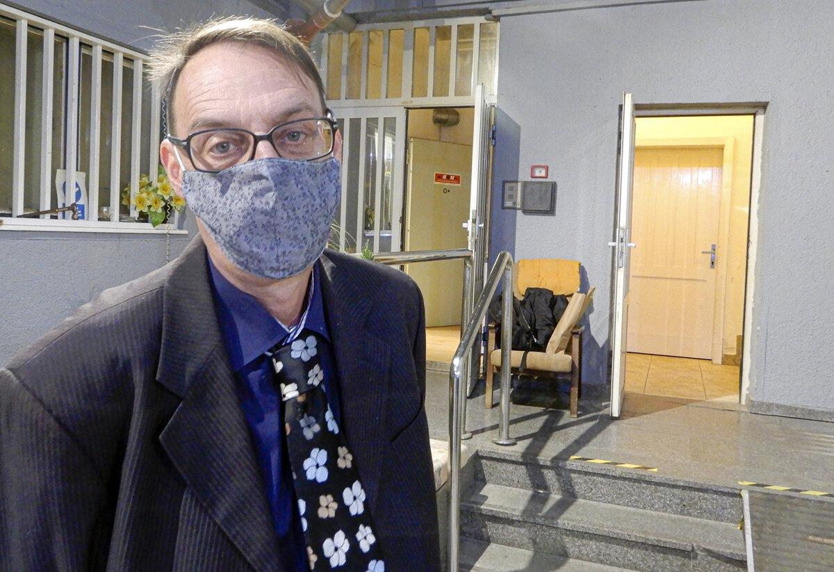 Disciplinárka uznala Trnku vinným, funkcie ho nezbavila - SME