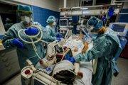 V piatok sa na Slovensku urobilo v súvislosti s ochorením Covid - 19 šestnásť pitiev.