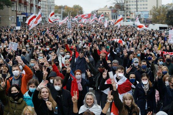 Opozičné protesty v Bielorusku.
