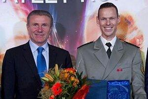 Matejovi Tóthovi blahoželal legendárny Ukrajinec Sergej Bubka.