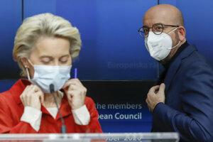 Šéfka eurokomisie Ursula von der Leyenová  so šéfom Európskej rady Charlesom Michelom.