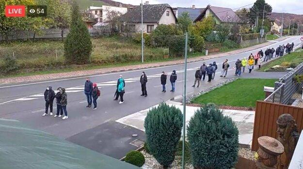Záber z live kamery obce Kendice.