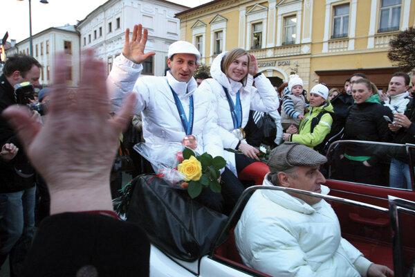 Pavol Hurajt a Anastasia Kuzminová v marci 2010.