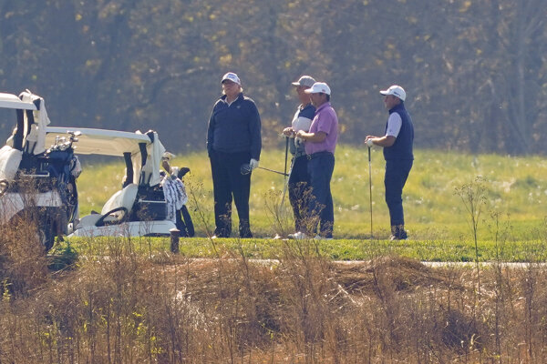 Donald Trump na golfe.