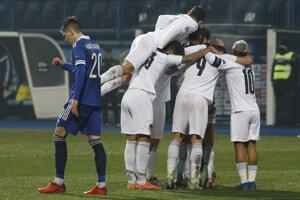 Momentka zo zápasu Bosna a Hercegovina - Taliansko.