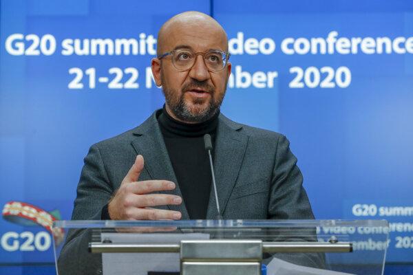 Predseda Európskej rady Charles Michel počas tlačovej konferencie pred videosummitom G20.