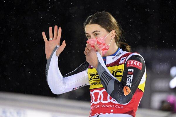 Petra Vlhová zvíťazila v úvodnom slalome sezóny Svetového pohára v Levi.