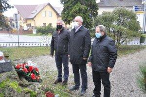 Uctili si pamiatku vojnových veteránov.