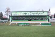 Takto vsúčasnosti vyzerá futbalový štadión TJ Tatran Oravské Veselé.