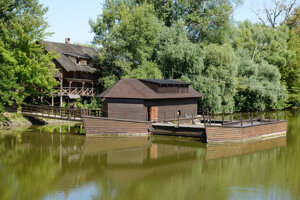 Vodný mlyn v Kolárove je technickou pamiatkou.