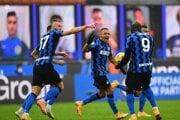 Inter Miláno - radosť z gólu (Milan Škriniar).