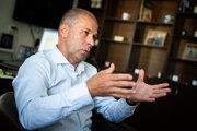 Dočasný šéf policajného zboru Peter Kovařík je tiež jedným z kandidátov.