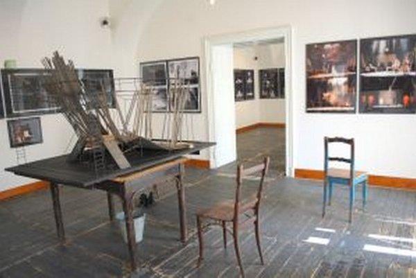 Výstava diel Jozefa Cillera v NG potrvá do 5. októbra.
