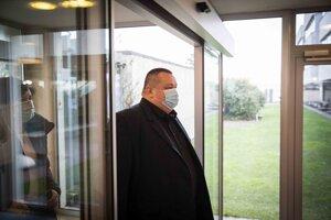 Ján Mikas, hlavný hygienik a člen Krízového štábu.
