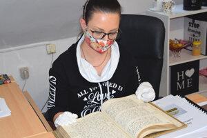 Historička Tekovského múzea Nikola Mihálová hovorí, že rukopis je už teraz pripravený na bádanie.