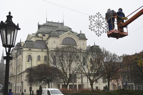 Prípravy v Košiciach.