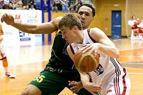 Luboš Moravec má niekoľkoročné skúsenosti z Mattoni NBL.