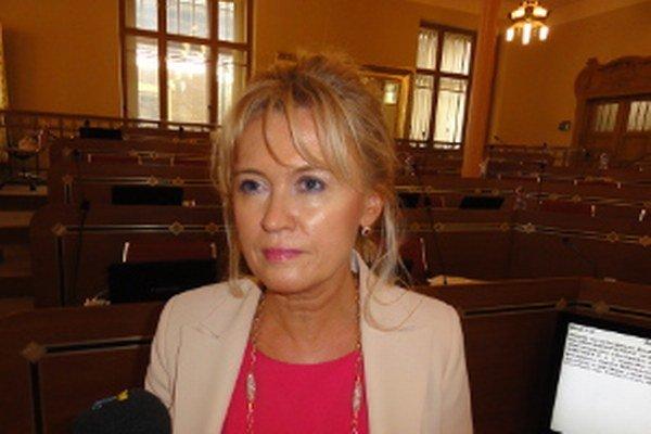 Kolenčíková hovorí o totalite a obviňuje politikov Smeru, strany, v ktorej sama pôsobila 16 rokov.