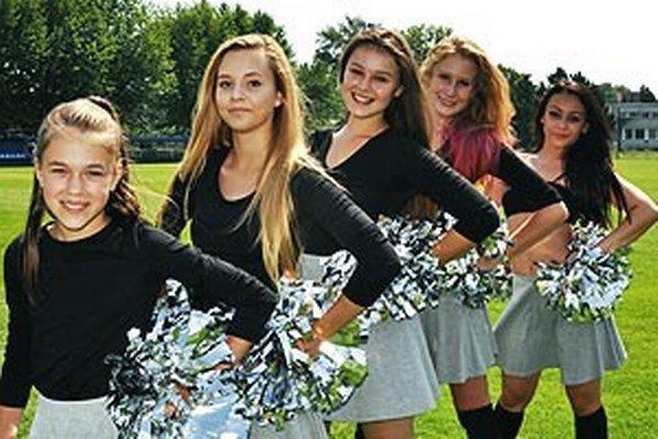 Tím Nitra Knights má aj svoje cheerleaderky. Je to šanca aj pre nové dievčatá, aby sa pridali.