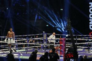 Box Anthony Joshua vs. Kubrat Pulev.