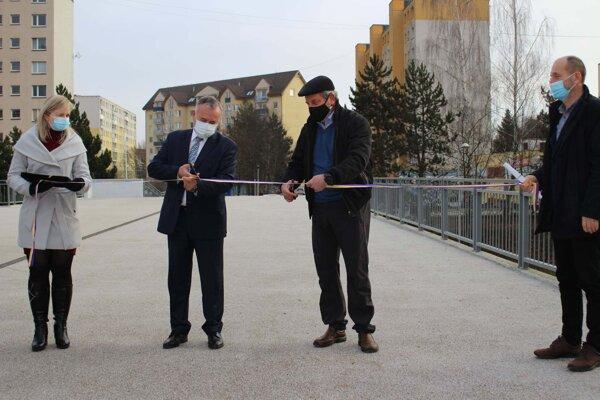 Most na Ľadovni sa konečne dočkal rekonštrukcie.